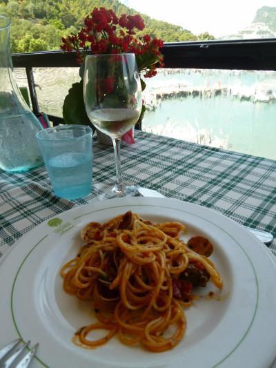 優雅な夏バカンス イタリア・東リビエラの旅♪ Vol82(第7日目昼) ☆パルマリア島:オーペルジュ「Locanda Lorena」の最後のランチは絶品のパスタ♪