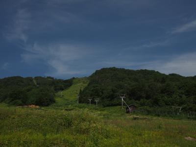 真夏の大日ヶ岳登山とゆり園散策