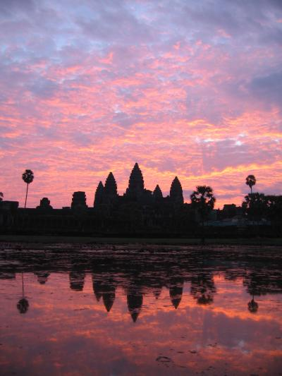 国民、信仰、国王 カンボジア