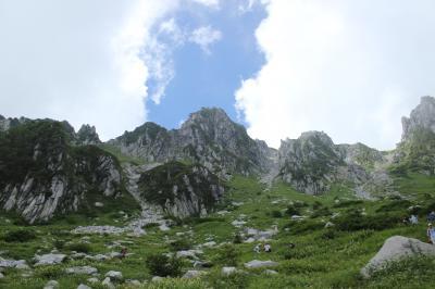 2013年 8月 中央アルプスの「千畳敷カール」(標高2612m)は、高山植物で溢れる爽やかな別天地(1)