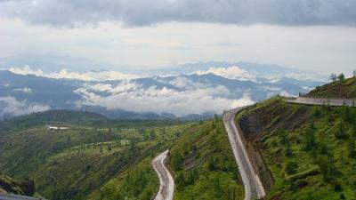温泉の旅(07)・・・国道292号(志賀高原道路)からの景観