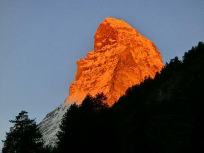 スイスハイキング2013・11日目:マッターホルンの朝焼け