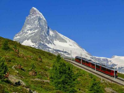 スイスハイキング2013・22日目:ゴルナグラート鉄道とマッターホルン(観光局などの宣伝ポスターの撮影場所へ)
