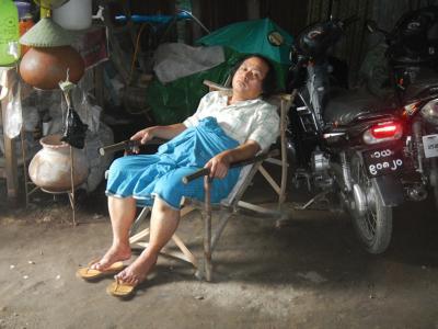 たびたびの旅 東南アジア50日間の旅(19) 2013/09/11 ミャンマー、ピィ、8日目、マンダレーに移動