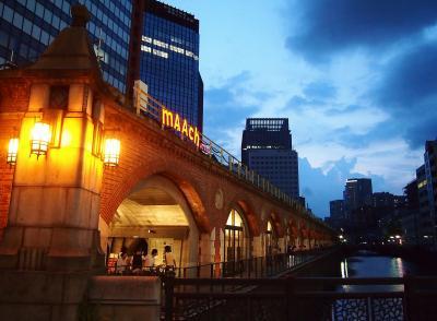 甦った旧万世橋駅 いま、高架下が面白い 【マーチエキュート神田万世橋/2k540/ちゃばら】