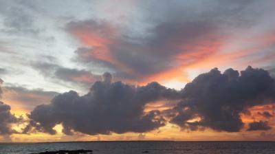 2013夏@小浜島♪こんな朝焼け見たことない。