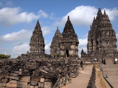 好天 インドネシアの旅 ジャワ島 その4 プランパナン寺院遺跡と古都ソロ