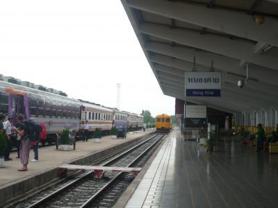 ビエチャンからバンコクー鉄道の旅ー