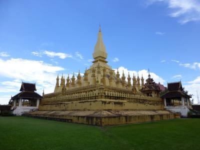 2013 ラオス・ベトナムの旅 3 トゥクトゥクに乗ってビエンチャン市内観光