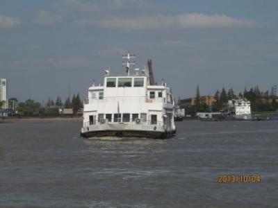 上海の黄浦江・渡し舟・三港線