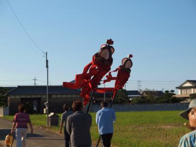 加須市の集落 今鉾に伝わる 加須市無形民俗文化財 「今鉾の獅子舞」 集落を行く−2
