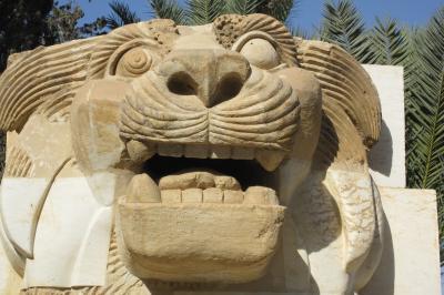 2011冬、シリア等・中東旅行記(11)パルミラ、パルミラ博物館、石棺、レリーフ像
