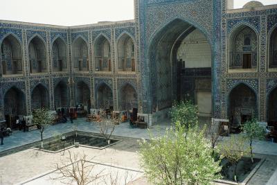 ウズベキスタン歴史紀行④サマルカンド・ウルグ・ベク天文台~レギスターン広場
