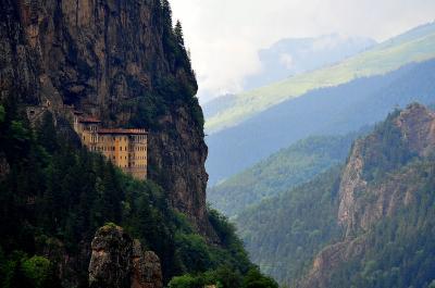 東トルコひとめぐり 10スメラ僧院