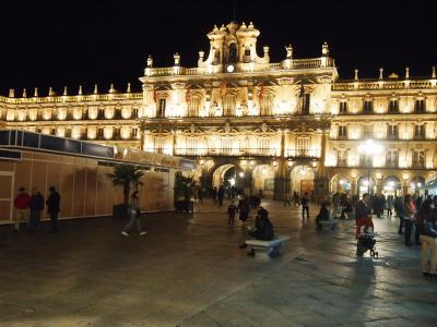 南欧でもっとも美しいライトアップされた広場、サラマンカ