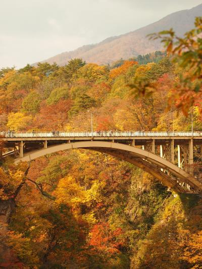 錦秋の鳴子峡 大深沢遊歩道を歩いてみよう♪ 【 鳴子峡 東北2 】