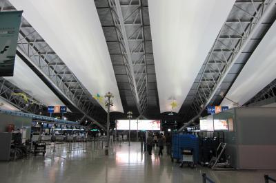 2012正月、モロッコ王国旅行記(1):1月5日:出発、関西国際空港からドーハ国際空港へ