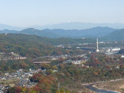 浦山ダムの紅葉はとても綺麗です