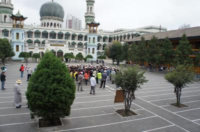 出張ついでにチベット寺院観光 ~その4~ イスラム寺院も観光、帰りは飛行機を乗り継いでなんとか当日中に帰国