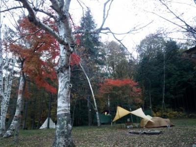 四尾連湖で癒しのキャンプ
