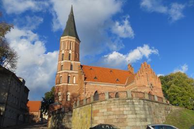 2012秋、バルト三国・東欧旅行記(35)カナウス、旧市庁舎、ヴィタウタス大公教会、ベルクーナスの家