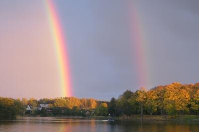 2012秋、バルト三国・東欧旅行記(37)カナウス、トラカイ城、雨上がりの二重の虹