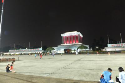 今度のベトナムは北部のハノイそしてサパ!<2日目>その2~ディナーと国旗降納儀式