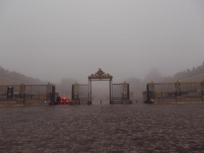 フランス弾丸な旅2013 07:濃霧のベルサイユ宮殿へ1/2