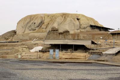 2012秋、イラン旅行記(44):11月22日(3):カシャーン(1):アブヤネ村からカシャーンへ、テペ・シャルク遺跡