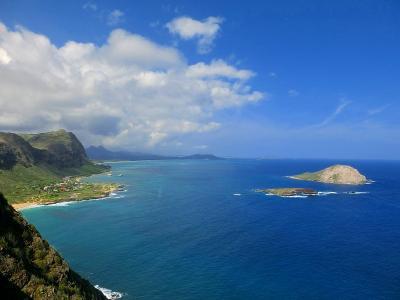 ハワイ旅行・マカプウトレイルハイキング