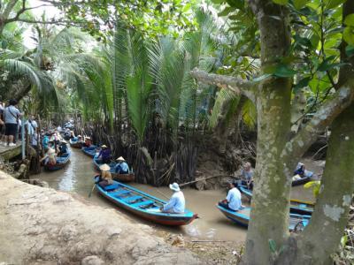 「カンボジア  アンコール遺跡」と「ベトナム縦断」の旅  13日間 「9日目前編」