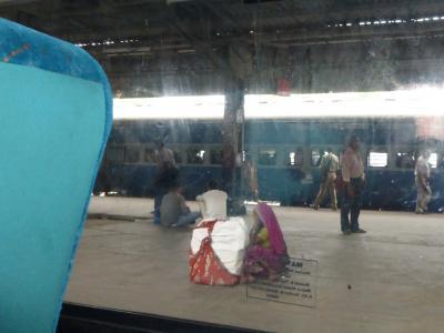 珍道中は続くよ、インドまで②~ホームステイと鉄道の旅