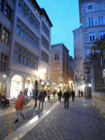 初冬のパリ・リヨンで一人街歩き?
