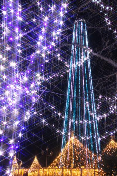 もうすぐクリスマスの東武動物公園とイルミネーション(4)冬がテーマのカラフル&ホワイト・イルミネーション~ついに手にした一脚デビュー