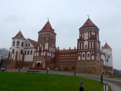 オーストリア・ベラルーシ旅行9-ミール城 外観とミールスキー廟