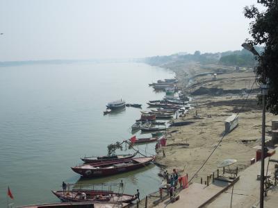 初インド、これがインド!④_サトナ駅からタクシーでバラナシへ。さらにサールナートへも。