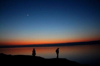 Jordan【1】死海の水は痛かった/70歳の母、死海に浮かび、そして沈む