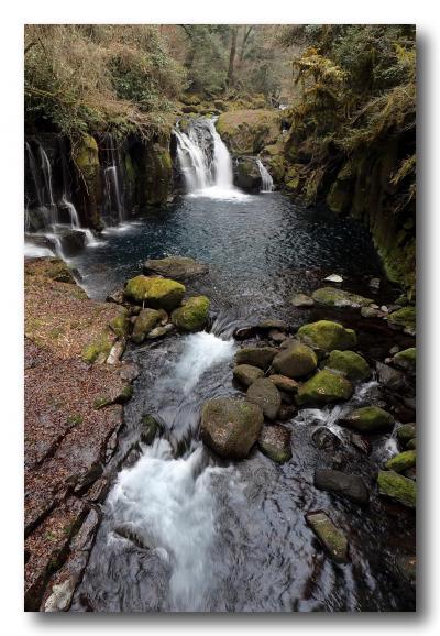 Solitary Journey [1311] 変化に富む渓流がつづく'菊池渓谷'を季節外れのウォーキング<2013-2014年末年始の旅>熊本県菊池市