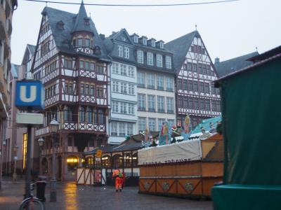ドイツ最終日は朝のフランクフルトの街をタクシーで散策してみた