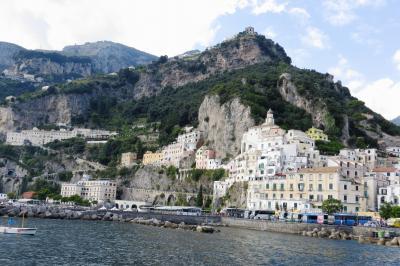 2013秋、イタリア旅行記2(15):9月26日(11):アマルフィ(4):ウミネコ、アマルフィからナポリへ