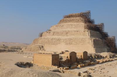 エジプト ギザプラミッドとナイル川クルーズで巨大遺跡観光その6 メンフィスとサッカラ観光