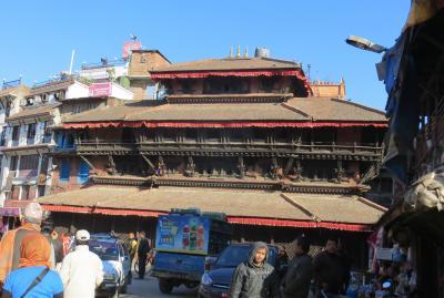 2014新春、ネパール旅行記(35)1月26日(5):カトマンズ、スワヤンブナート、カスタマンダプ寺院