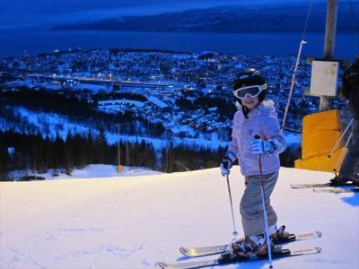 第3回北欧オーロラ紀行vo.3ナルヴィークでスキーとちょいオーロラ。バスで大ハプニング絶体絶命
