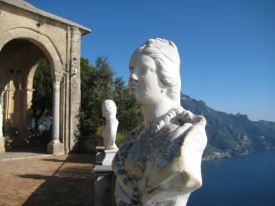 年末年始、ナポリ近郊の旅。想像以上にスリリングで笑えた旅だったよ ラヴェッロ・アマルフィ編