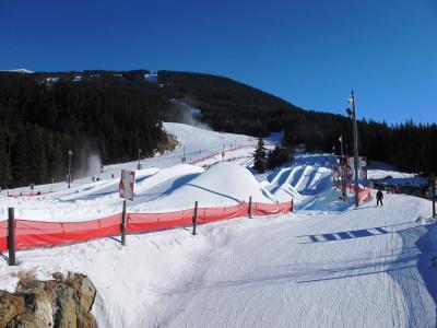 冬のウィスラー(1/全2): ブラッコム山でチューブ滑り