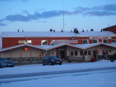 フィンランドイナリ湖畔の『ホテルイナリ』はオーロラ観測におすすめ!