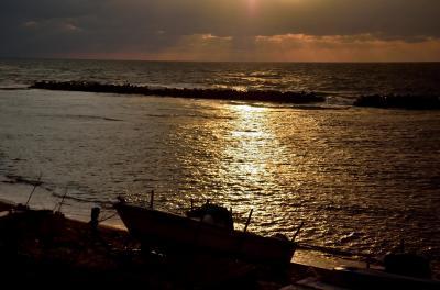 冬の日本海の幸を求めて寺泊、魚のアメ横へ、 そして不本意な戦で散った長岡の偉人たち