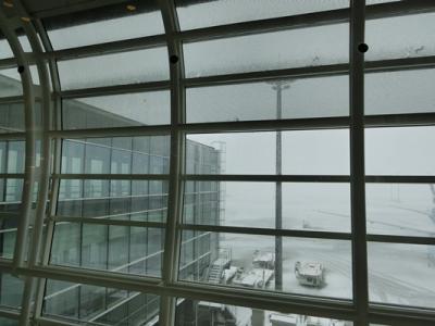 1【哈爾濱】大雪の羽田空港