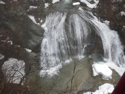 雨の大滝(山形人の情の深さに触れる)