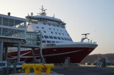 バルト海クルーズ : ヴァイキングラインでストックホルムからトゥルクへ